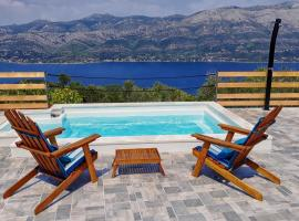 Apartments with a swimming pool Zrnovo, Korcula - 16116, hotel with pools in Korčula