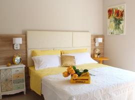 Apart-Hotel la Rocchetta, hotel in Padenghe sul Garda