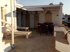 Apodrasi, hotel near Livada Beach, Stení