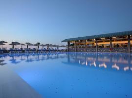 Arina Beach Resort, hotel in Kokkíni Khánion