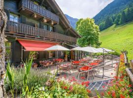 Guest House du Grand Paradis, hotel in Champéry