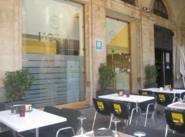 Roma Reial, hotel in Ramblas, Barcelona