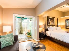 L'Habitation Guesthouse- Adult Exclusive, guest house in Key West