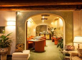 Albergo Al Moretto, hotell i Castelfranco Veneto