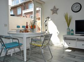 Beach House Sea-Esta, family hotel in Egmond aan Zee