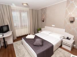 Hunguest Hotel Fenyõ, hotel din Miercurea-Ciuc