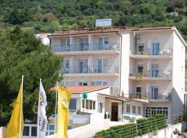 Guesthouse Komfor Moča, hotel in Makarska