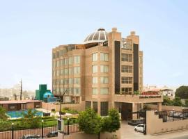 Ramada Dehradun Chakrata Road, hotel in Dehradun