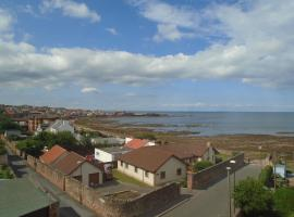 Beach View, hotel in Dunbar