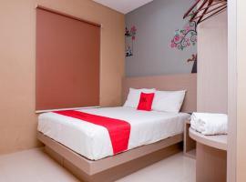 RedDoorz near Java Supermall Semarang, hotel near Water Blaster, Semarang