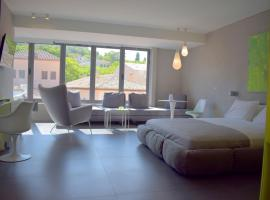 101 Adrianou Apartments, serviced apartment in Athens