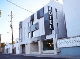 HOTEL HT ole, hotel cerca de Aeropuerto internacional de Tijuana - TIJ, Tijuana