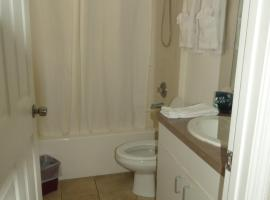 Sand Glo Villas, holiday home in Clearwater Beach