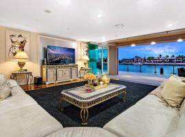 4.5 Million Dollar Surfers Paradise Dream Mansion, hotel near HOTA, Home of the Arts, Gold Coast