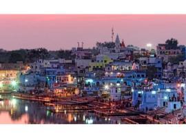 Budget rooms on VIP road, hôtel à Pushkar