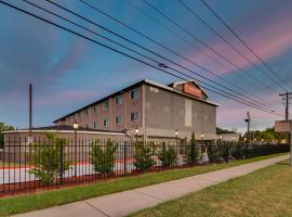 Orangewood Inn and Suites Midtown, hotel Disch-Falk Field - University of Texas környékén Austinban