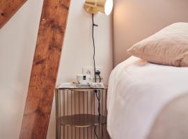 Boutique Hotel Bellevue, hotel dicht bij: Mondriaanhuis, Blaricum