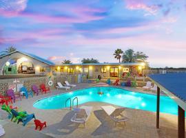 Hotel McCoy - Art, Coffee, Beer, Wine, Hotel in Tucson