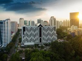 Century Park Hotel, hotel dekat Komplek Gelora Bung Karno, Jakarta