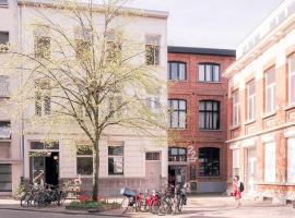 22b&b, hotel near Station Antwerpen-Berchem, Antwerp