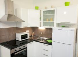 Apartman 1, hotel near Visnjik Sport Center, Zadar
