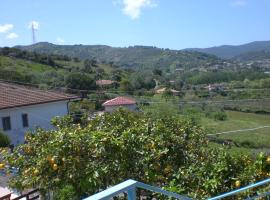 casa con piccolo giardino, villa in Agropoli