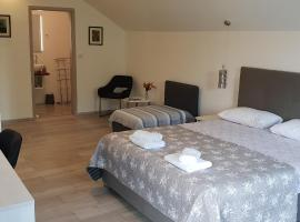 KE-TO Zagreb Airport Rooms, hotel in Velika Gorica