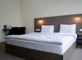 Hotel M9, hotel near Tbilisi International Airport - TBS, Tbilisi City