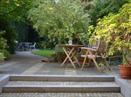 Gästezimmer mit Garten in Fischeln, hotel near wfk - Cleaning Technology Institute e.V., Krefeld