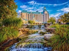 Chateau on the Lake Resort Spa, boutique hotel in Branson