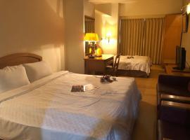 柏克萊大飯店,新竹市的飯店