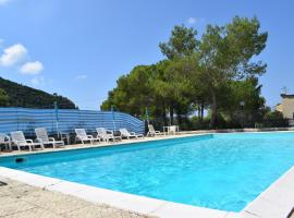 Isca della Contessa, hotel with pools in Palinuro