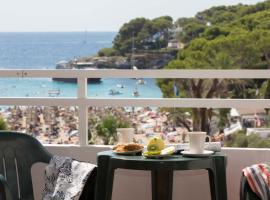 Gavimar Cala Gran Hotel and Apartments, hotel en Cala d'Or