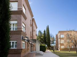 TH Aravaca, apartment in Madrid
