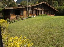Canto da serrinha, hotel with pools in Teresópolis