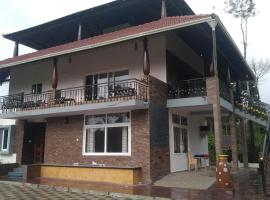 Lake Trail Homestay Coorg, family hotel in Madikeri