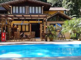 Arara Azul, hotel with jacuzzis in Nova Friburgo