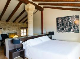 Hotel Cresol, hotel in Calaceite