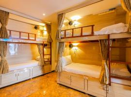 Hygeinic Airport Dormitory Near by BOM, self catering accommodation in Mumbai