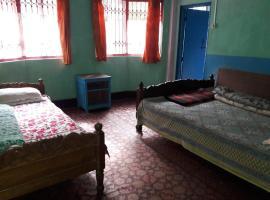Vamoose Sukhim Homestay, room in Sombāri