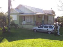 Casa familiar no coração do Vale dos Vinhedos, holiday home in Bento Gonçalves