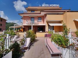 Hotel Residence Mondial, hotel a Moneglia
