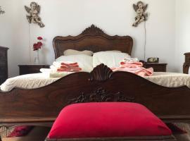 My Mother`s House, hotel en Belmonte