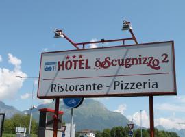 Hotel O'Scugnizzo 2, hotel in Belluno