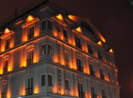Azade Hotel, hotel dicht bij: Internationale luchthaven Kayseri Erkilet - ASR, Kayseri