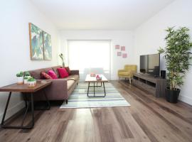 Los Angeles Deluxe Suites | Free Parking | 2BR&2BT, vacation rental in Los Angeles