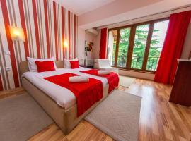 Hotel Pine, hotel in Skopje