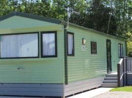 Carmels Caravan Borwick Lakes, hotel near Burton-in-Kendal Services M6, Carnforth