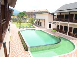 Saksiri Riverside Boutique Hotel, hotel in Vang Vieng