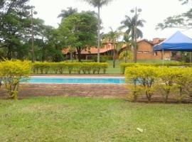 Chacara Jequitiba, hotel com piscina em Itu